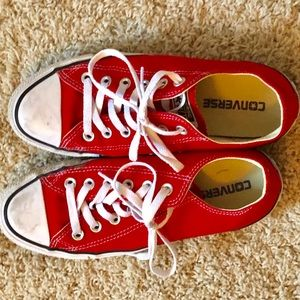 Red Converse Size 7.5